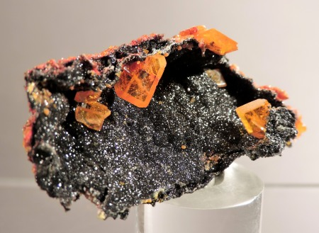 Wulfenite on Willemite with Minium, Mimetite