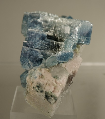 Beryl Var. Aquamarine (Cesium included)