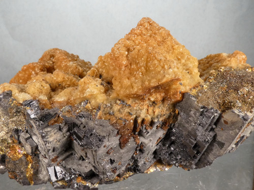 Siderite after Calcite on Galena
