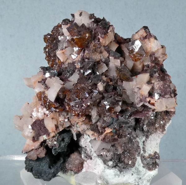 Wulfenite with Dolomite